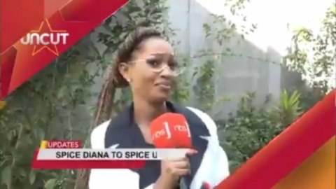 """Ugandan singer Bebe Cool and Reporter, Kawalya Isaac Kaiyz allegedly """"chased out"""" from Nigerian High Commission in Uganda   NBS Television reported that Bebe Cool who is accused of being one of the instigators of Omah Lay and Tems' arrest was sent out of the facility alongside the news reporter after handing over the Nigerian singers  The Nigerian High Commission in the East African country is yet to react to this"""